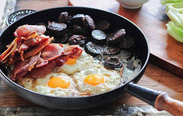 cropped_MI-Full_irish_breakfast_black-pudding